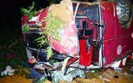 Kinh hãi phút giây cướp 7 mạng người, hàng chục người nguy kịch khi xe đi lễ Bảo Hà lao vực